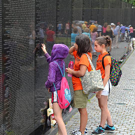 Jim Fitzpatrick - Searching a loved Ones Name on the Vietnam Veterans Memorial