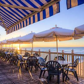 Debra and Dave Vanderlaan - Seaside Cafe