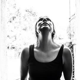 Georgia Fowler - #selfportrait #portrait #noir #bw