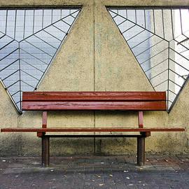 Kobi Amiel - Street bench -Side by Side
