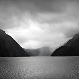 Julie Palencia - Silence in Milford Sound