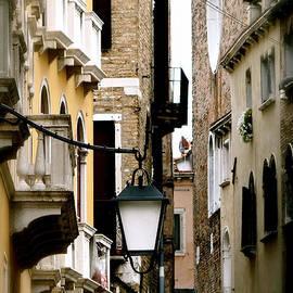 Ira Shander - Silent Venice