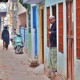 Kim Bemis - Morning in the Silk District - Varanasi India