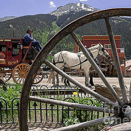 Janice Rae Pariza - Silverton Colorado Mail Delivery