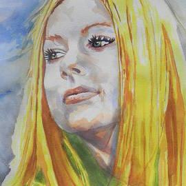 Chrisann Ellis - Singer Avril Lavigne