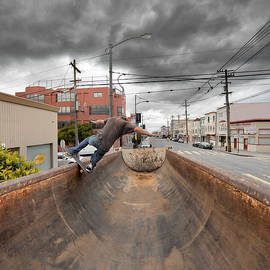 Daniel Furon - Dump Truck Skateboarding In Balboa Street