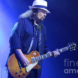 Gary Gingrich Galleries - Skynyrd-Gary-7399