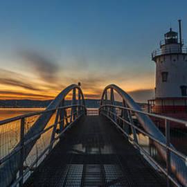Michael Ver Sprill - Sleepy Hollow Light Panoramic View