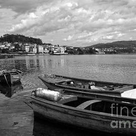 RicardMN Photography - Small boats in Galicia BW