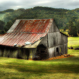 Michael Eingle - Smoky Mountain Barn In The Valley