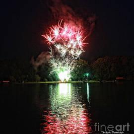 Teresa Dunlap - Snow Lake Fireworks