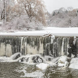 Stroudwater Falls Photography - Snow Sleet And Freezing Rain On The Falls