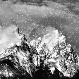 Dan Sproul - Snowing In The Tetons
