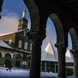 David  Hagerman - Snowy Morning. Grand Mosque