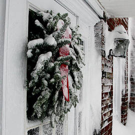 Deborah  Bowie - Snowy Wreath