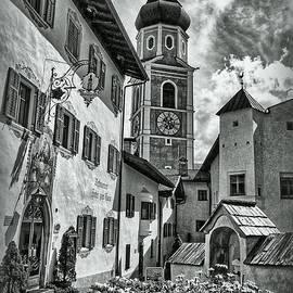 Hanny Heim - South Tyrol B/W