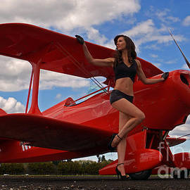 Photographer Richard Hood Model Gee Lyon - Special Pitts Special 02