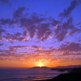 Debra Thompson - Spectacular Sunset