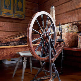Jouko Lehto - Spinning wheel