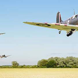 Pat Speirs - Spitfire - Red Section Airborne