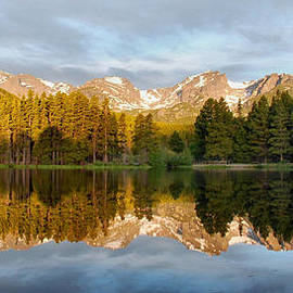 Stephen  Vecchiotti - Sprague Lake Reflections