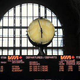 Valentino Visentini - Station Clock