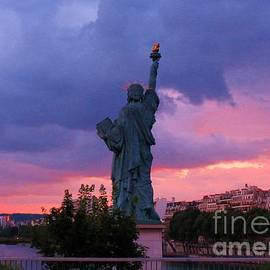 John Malone - Statue of Liberty in Paris