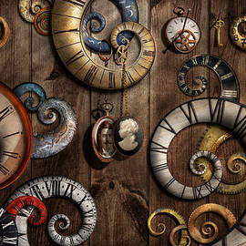 Mike Savad - Steampunk - Clock - Time machine
