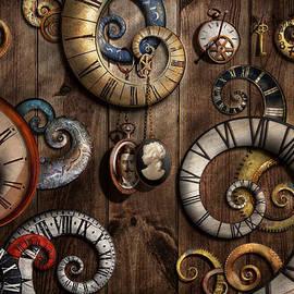 Mike Savad - Steampunk - Clock - Time machine