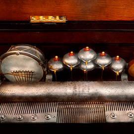 Mike Savad - Steampunk - Music - Play me a tune