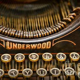 Paul Ward - Steampunk - Typewriter - Underwood