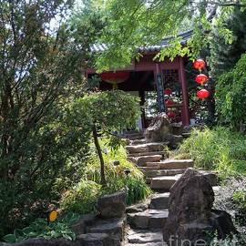 Lingfai Leung - Stepping Into Harmony