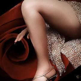 Ernestine Manowarda - Stepping out 2