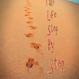 Miryam  UrZa - Steps Thoughts