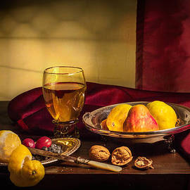 Levin Rodriguez - Still Life with Roemer-Pears