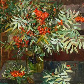 Juliya Zhukova - Still life with rowan