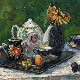Juliya Zhukova - Still life with white teapot