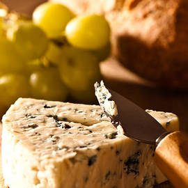 Christopher and Amanda Elwell - Stilton Cheese With Grapes