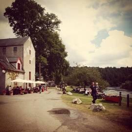 Sarah Walsh - #stmullins #ireland #river #summer