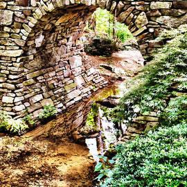 Gregory Ballos - Stone Bridge and Stream - Brush Strokes