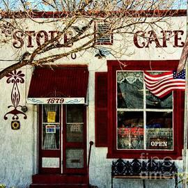 Barbara Chichester - Store Cafe Americana