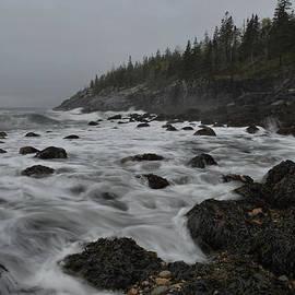 Stephen  Vecchiotti - Storm Waves at Hunters Beach