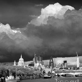 Justin Foulkes - Stormclouds over London