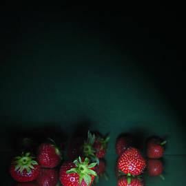 Maja Sokolowska - Strawberry fields