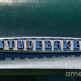 Paul Ward - Studebaker Detail