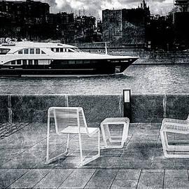 Alexander Senin - Study In Black And White