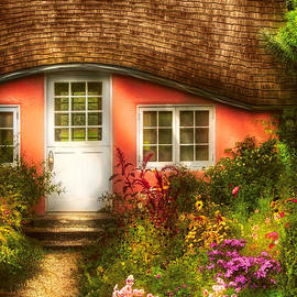 Mike Savad - Summer - Cottage - Little pink play house