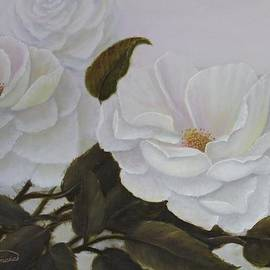 Lou Magoncia - Summer in White