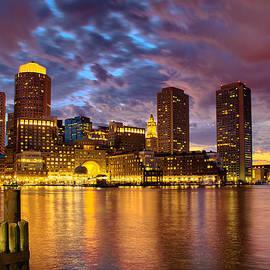 Ludmila Nayvelt - Sun dusk over Boston Harbor