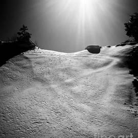 Lauren Kunkler - Sunny Snowy Dunes Black White